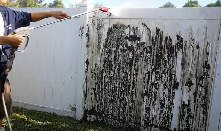 亿力高压水枪的作用:冲围墙