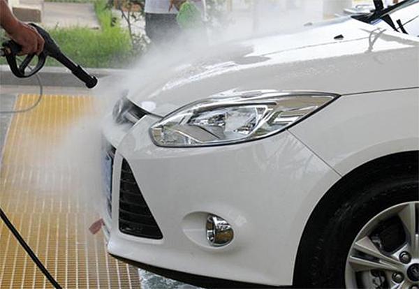 亿力家用洗车机