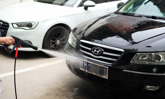 高压水枪洗车时的注意事项